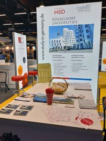HSD and HHU at their shared booth at EAIE 2019 in Helsinki